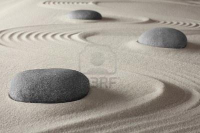 13277748-la-meditacion-espiritual-concepto-de-jardin-zen-para-mantener-el-equilibrio-la-armonia-de-relajacion