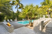 22 Breezy-Home-in-Key-Biscayne-03-800x533