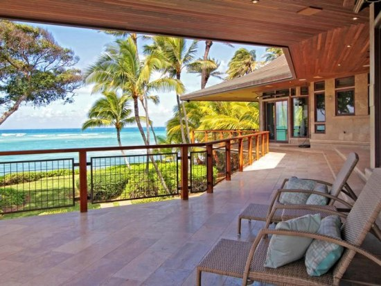 59 Magnificent-North-Shore-Beachfront-Home-04