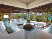 60 Magnificent-North-Shore-Beachfront-Home-05