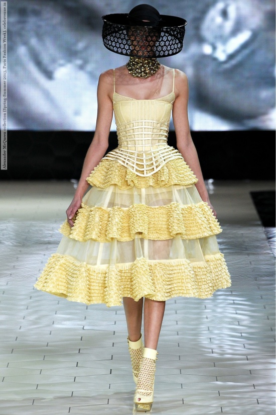 Alexander McQueen collection (Spring-Summer 2013, Paris Fashion Week)