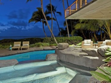 74 Magnificent-North-Shore-Beachfront-Home-25