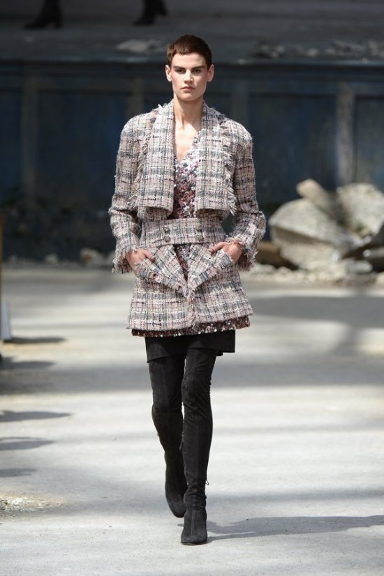 Chanel-Autumn-Winter-2014-París-20