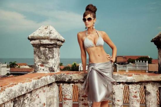 lujosa-marca-de-trajes-de-bac3b1o-verano-high-6