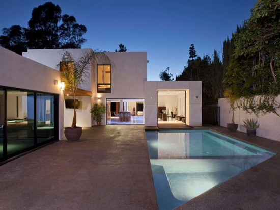 Perfectly-Elegant-in-Beverly-Hills-19-800x600
