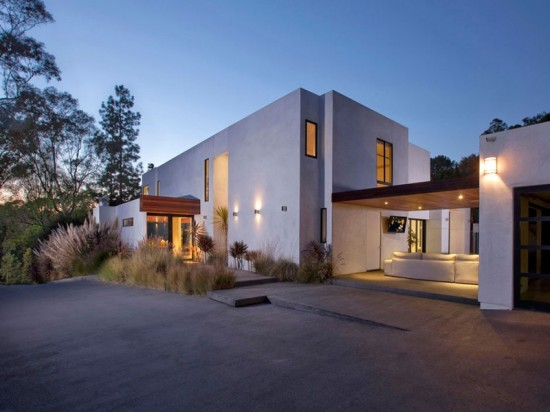 Perfectly-Elegant-in-Beverly-Hills-21-800x600