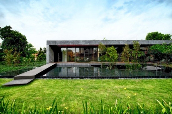 wall-house-02-800x529
