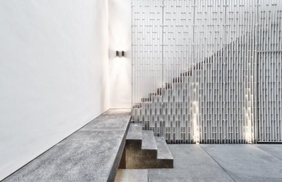 wall-house-16-800x517