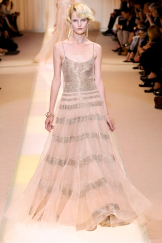 ARMANI-PRIVE-Haute-Couture-Autumn-Winter-2013-2014-Collection_05