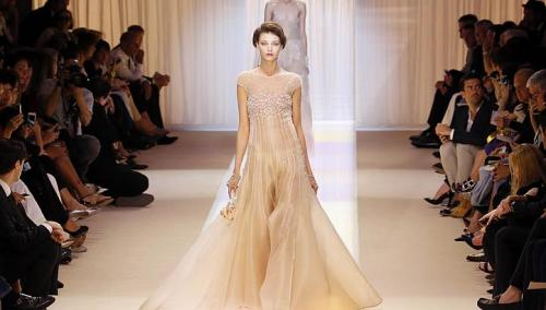 ARMANI-PRIVE-Haute-Couture-Autumn-Winter-2013-2014-Collection_07