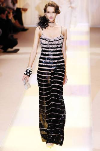ARMANI-PRIVE-Haute-Couture-Autumn-Winter-2013-2014-Collection_18